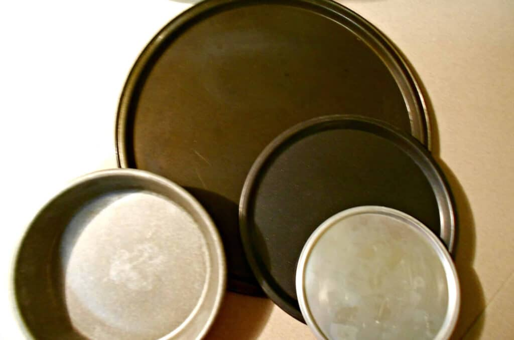 pans for pizza crust