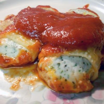 Rich & Cheesy Baked Manicotti
