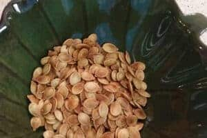 How to Roast Pumpkin Seeds Perfectly for Snacking
