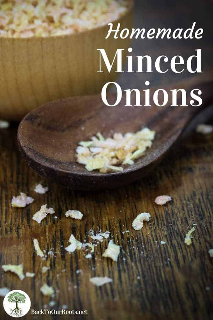 HOMEMADE MINCED ONIONS: Making your own minced onions is so simple and fast. And you'll know exactly what's in them! Give it a try today!