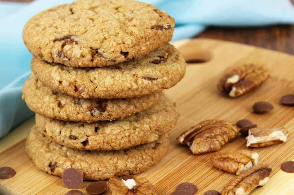 Peppermint Carob Pecan Cookies ~ A New Family Favorite