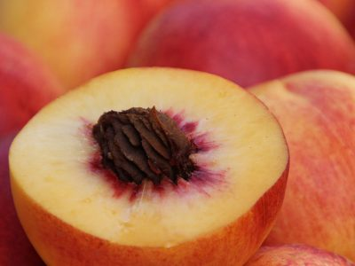 A Beginner's Guide to Canning Peaches