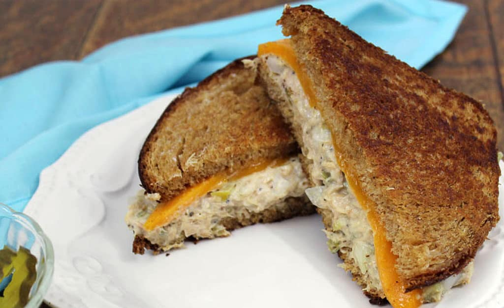 Fast & Simple Tuna Melt Sandwich